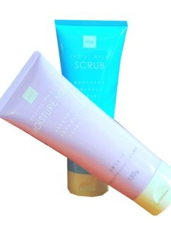 Sữa rửa mặt Besia Facial wash MOISTURE MILK 130g